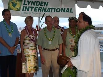 Lynden International employees at Hawaii event