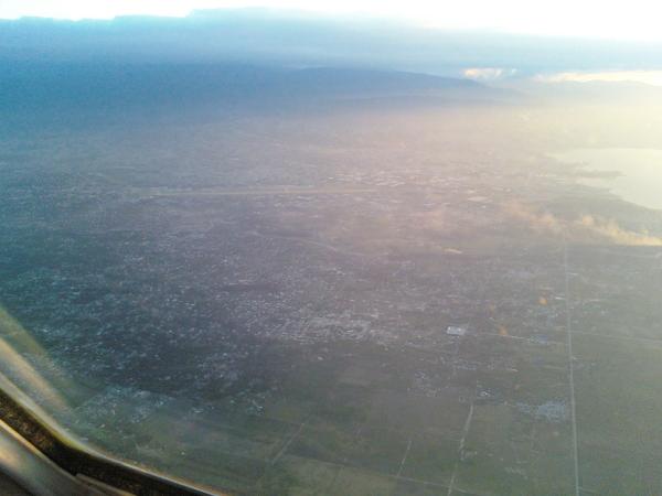 Relief flight to Haiti - Lynden Air Cargo